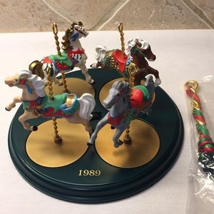 1989 Hallmark Carousel Horses & Stand New in Box!!